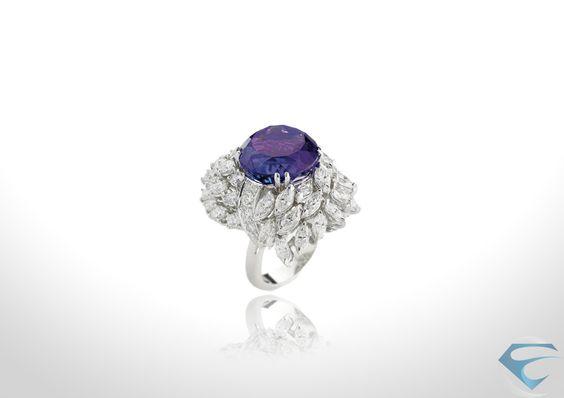 Tanzanite ring - 20ct Natural Tanzanite and 6 cts of natural diamonds... #emotion #gemstones #diamonds #gold #fashion #luxury #jewellery #jewelry