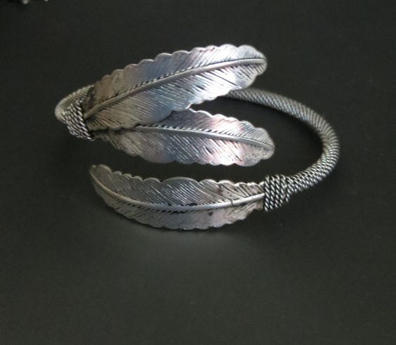 Cowgirl Bling Tribal 3 FEATHER Bracelet CUFF Silver Gypsy western Adjustable in Jewelry & Watches | eBay