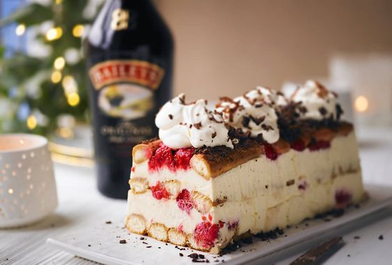 BAILEYS TIRAMISU RECIPE WITH RASPBERRIES & CHOCOLATE SHAVINGSThe perfect indulgent dessert for sharing with friends - you can make this the day before so you can relax and enjoy entertainingSERVES 6-8 • PREP 15 MINS PLUS AT LEAST 8 HRS CHILLING                                                                                                                                                .columnsContainer{ height: 100% !important; position: relative; background-color: #ffffff;}…