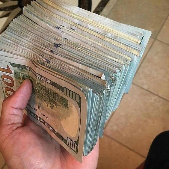How To Make Your First Affiliate Sale In 24 Hours In 2020 Money Stacks Money Cash Money Goals