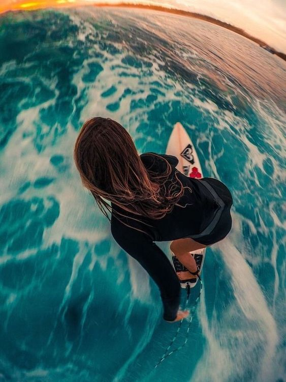 100 Famous Surfing Girls To Inspire You Surfing Tumblr Surfing Surfer Girl