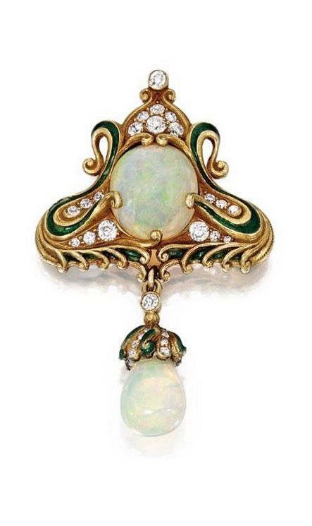MARCUS & CO. | 18 KARAT GOLD, OPAL, ENAMEL AND DIAMOND BROOCH  -  circa 1900.