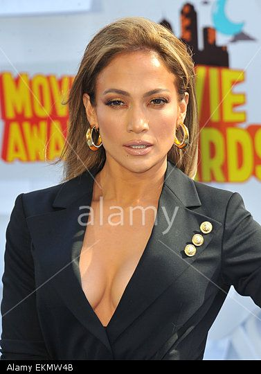 Jennifer Lopez attending The 2015 MTV Movie Awards held at the Nokia Theatre in Los Angeles, California on April 12, 2015 © ZUMA Press, Inc. / Alamy