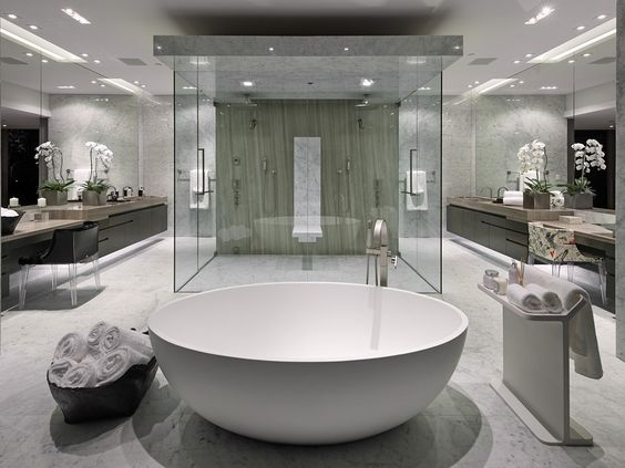 Large Bathroom Designs Prepossessing Best 25 Luxury Master Bathrooms Ideas On Pinterest  Dream Inspiration