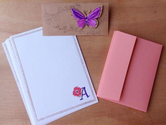 レターセット ●便せん(210×148mm) 8枚  ●封筒(114×162mm) 4枚 ●蝶のタグ 1つ ○アルファベットAとアネモ...|ハンドメイド、手作り、手仕事品の通販・販売・購入ならCreema。