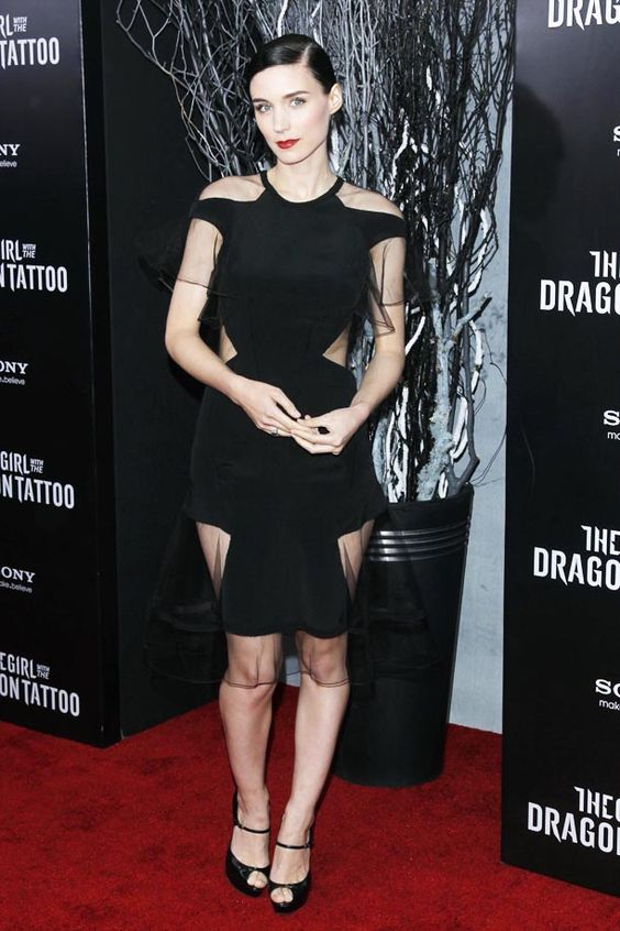 Rooney Mara at the New York City premiere of The Girl With The Dragon Tattoo.