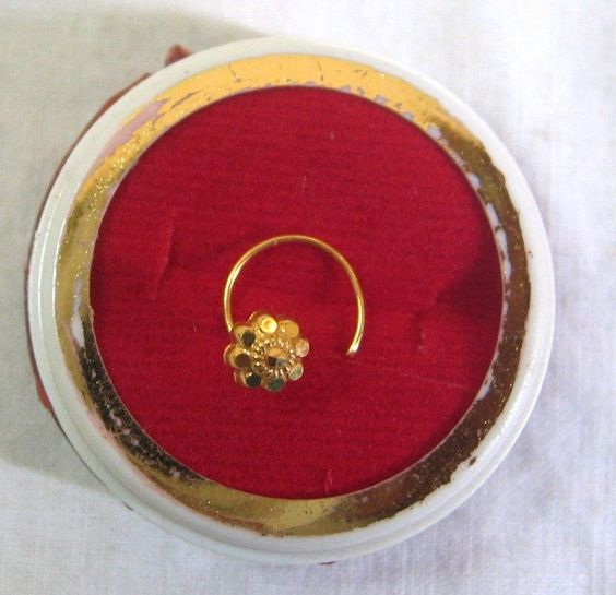 22k Solid Real Gold Nose Pin Pretty Floral Design Wear Office Home G14 #Z #MadeinIndia  ENJOY THESE ITEMS SPECIALLY DESIGNED TO ADD SIMPLE ELEGANCE TO YOUR IMAGE DURING MUSICAL OCCASIONS ! YOU WILL SEE THE DIFFERENCE !