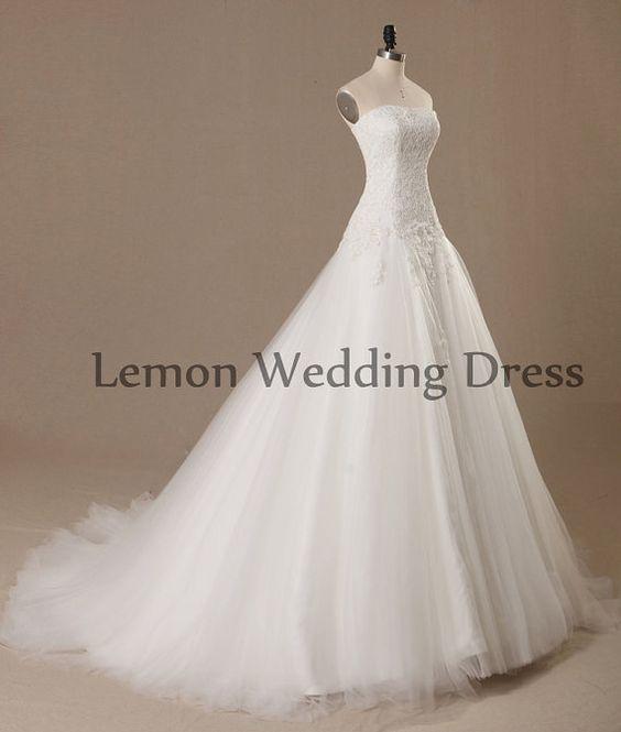 Flowy Lace Wedding Dress Princess Simple By Lemonweddingdress 39500
