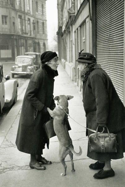 Henri Cartier-Bresson - Copyright©2010 Photo Pathway.