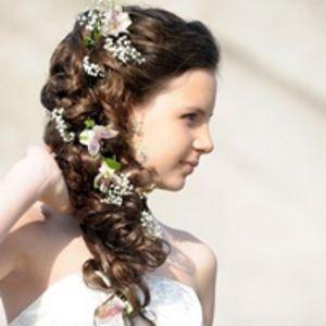 生花やシュシュなど結婚式で使える小物ヘアアレンジ画像まとめ