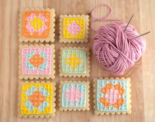 granny square cookies: Crocheted Cookies, Cookies Granny, Cookies And Cupcakes, Crochet Granny Squares, Crochet Squares, Food Idea, Square Cookie, Crochet Cookies
