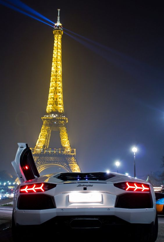 Lamborghini Paris -  Bestof 30 photos de luxe du mois de Juillet - Luxury Design