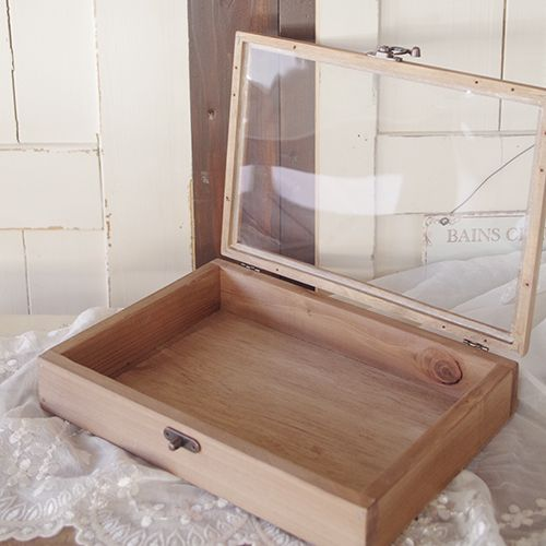 蓋部分にセリアの木製フレームを使用したジュエリーボックス