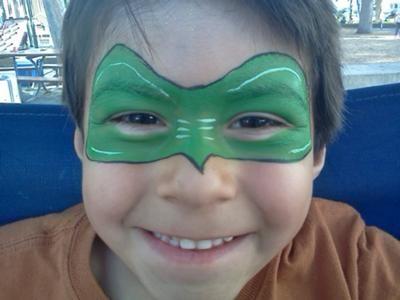 Green lantern mask face paint - photo#2