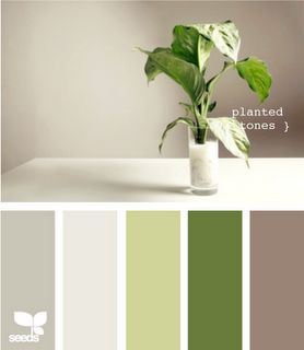 THIS is exactly what I've been looking for.  This is my bedroom.  Grey walls, white/green duvet, etc.