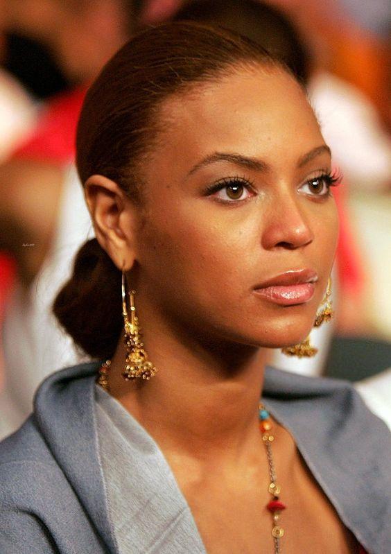 Beyoncé — Floyd Mayweather vs Arturo Gatti Fight 2005