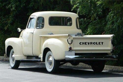 Trucks Chevy Lifted Chevytrucks In 2020 Classic Cars Trucks Chevy Trucks Vintage Trucks