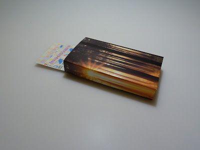 papierrascheln.blogspot.de 》Offene Box aus einer E-Card