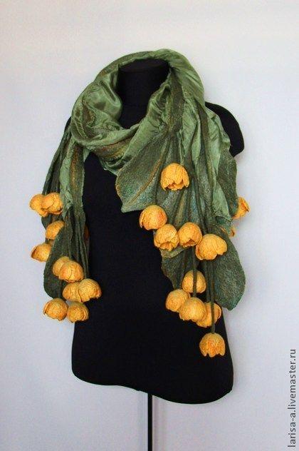 "Валяный палантин "" Жёлтые тюльпаны "". - жёлтый,цветочный,валяный палантин:"