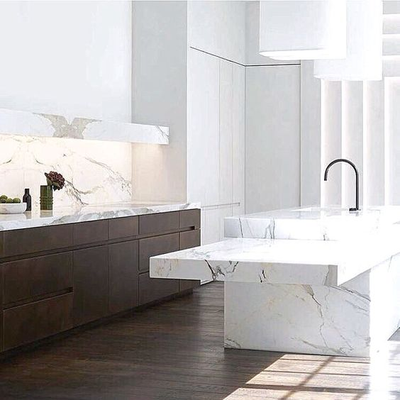 X #kitchendesign #interiorstyle #inspo #timber #marble #home #interiors #lifestyle #hipdigs img Pinterest/ obumex.be