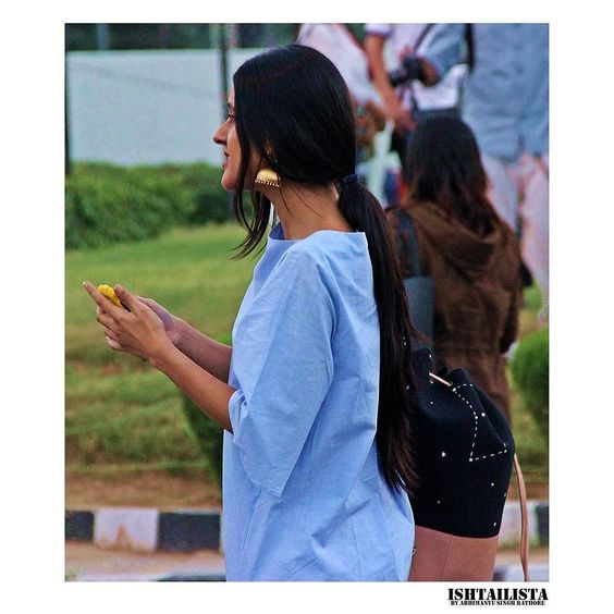 Best of Street Style India 2015-ISHTAILISTA blog Check the link in bio #aifw #aifwss16 #streetstyle #streetfashion #style #people #fashion #streetstylephotography #streetphotography #styleblogger #fashionblogger #streetstyleindia #ishtailista #blogger #indianblogger #indianfashionblogger #streetstyledelhi #instastyle #instafashion #styleblog #ootd #vogue #lookbook #earring #indianjewelry by abhicolorsmanyu