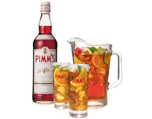 refreshing Pimm's Cup watching Wimbledon tennis #wimbledonworthy