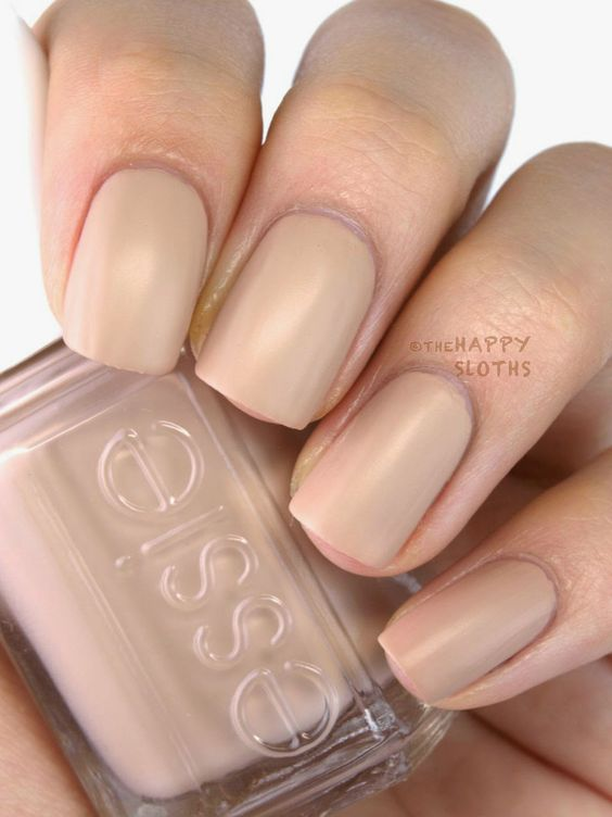 Essie Cashmere Matte 2015 Collection: All Eyes on Nudes: This is a beautiful matte camel nude. The formulation is slightly more pigmented than Wrap Me Up but still a challenge to work with.