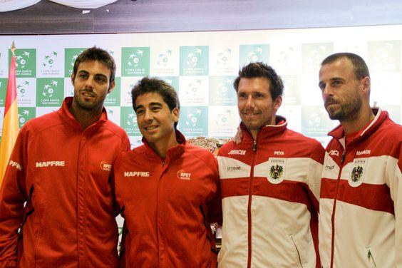 Parejas de dobles. Marcel Granollers y Marc López frente a Olivier Marach y Alexander Peya