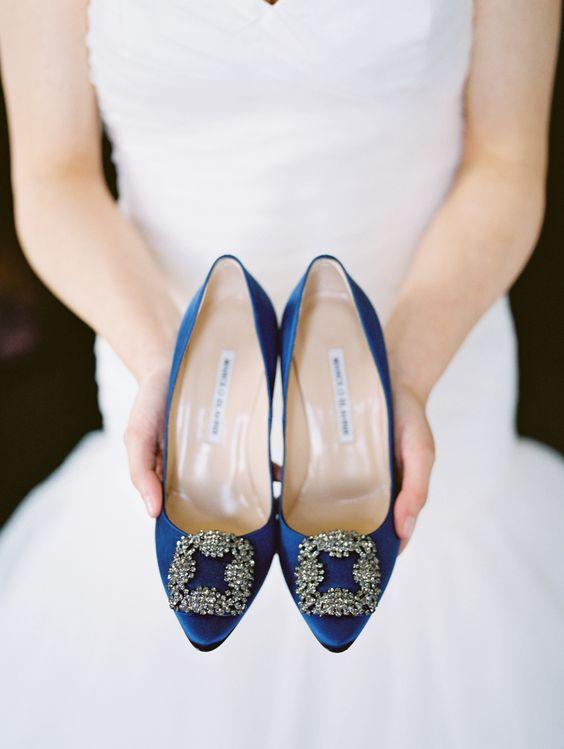 manolo blahnik blue bridal shoes