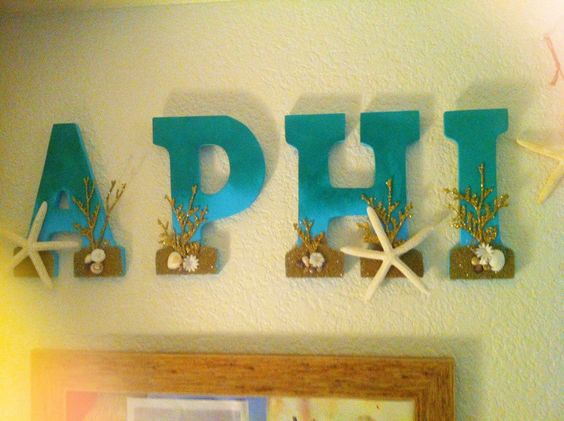 """""""Making your little's roommate jealous during Spoils Week. TSM."""" Totally crafting these letters for Beach Fam"""