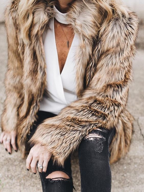 camel furry coat / white choker top / black ripped jeans