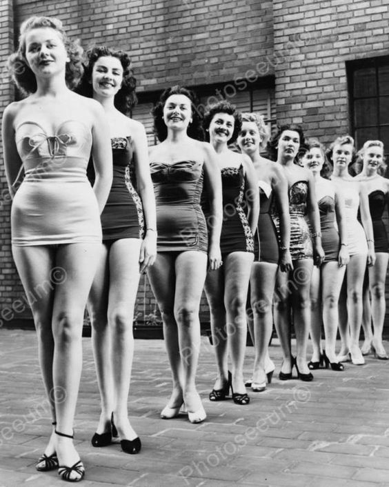 Look, it's actual real women in a pageant! Love it!