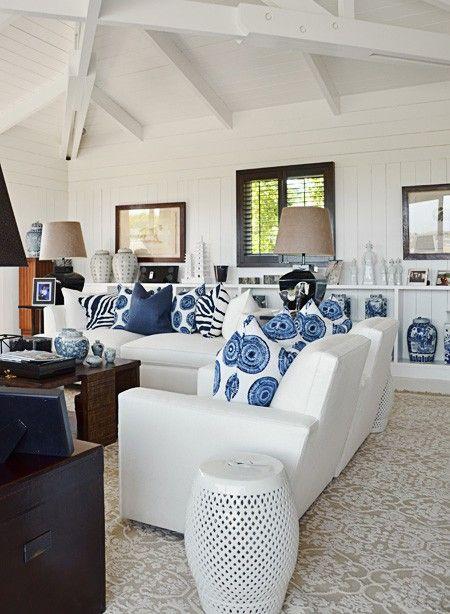 casa playa indigo y blanco:
