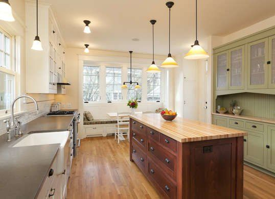 15 Little Signs Your House Has A Big Problem Galley Kitchen
