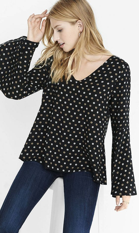 Floral Print Bell Sleeve Blouse | Express