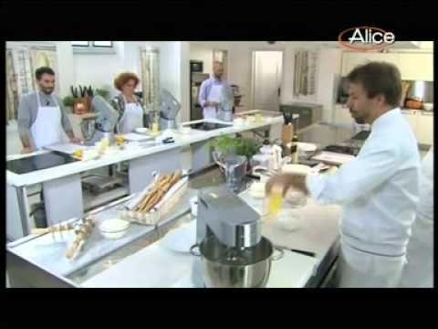 """▶ Luca Sessa ad """"Accademia Montersino"""": Crema Pasticcera e Zuppa Inglese - YouTube"""