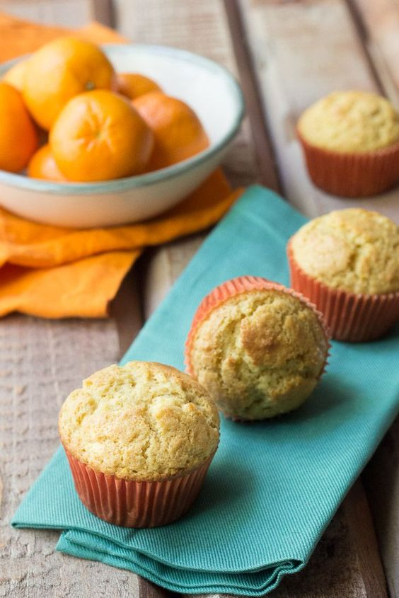 Clementine Muffins - so bright and cheerful for winter breakfasts!