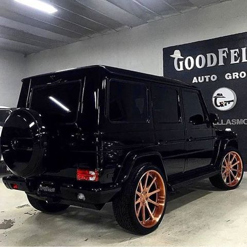 Pin By Martinien Randriatsomahandry On Luxury Suv Cars Rose Gold Car Rose Gold Rims Black G Wagon