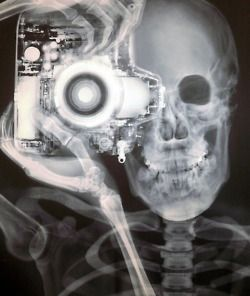 By Nick Veasey.
