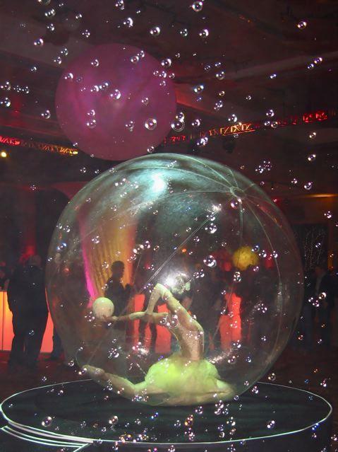 Bubbles with bubble... Corporate event entertainment - Novelty Entertainment Las Vegas, www.noveltyent.com
