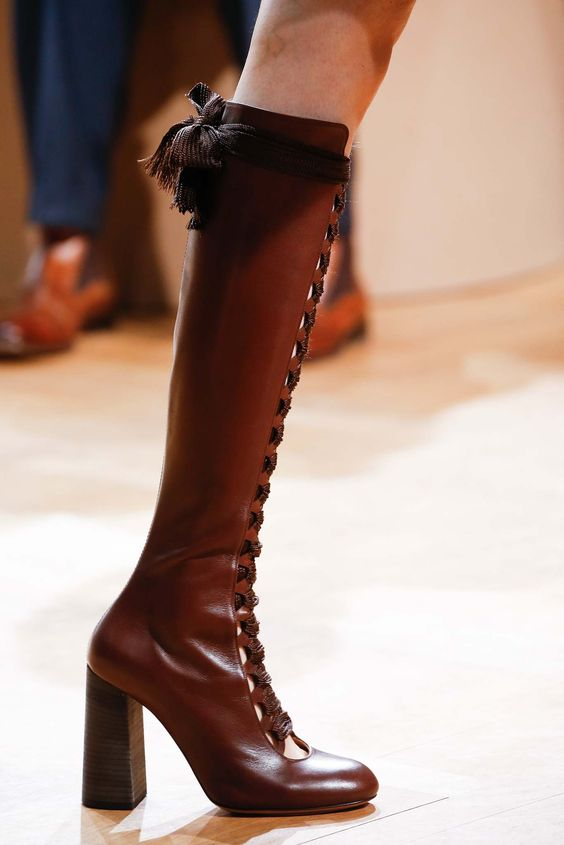 Chloé Fall 2015 Ready-to-Wear - Details - Gallery - Style.com