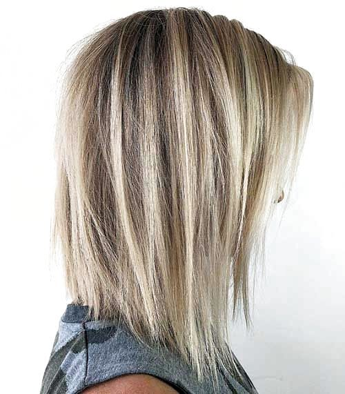 Hairstyles For Thin Hair Medium Straight In 2020 Fine Straight Hair Hairstyles For Thin Hair Long Thin Hair