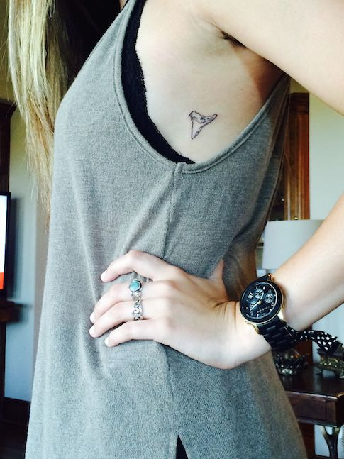 Shark Teeth Tattoo: Shark Tooth Tattoo. Small & Simple Tattoos.