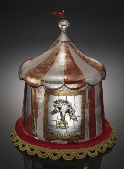 Carrie Battista, The Elephant Tent, Blown Glass, Verre Eglomise, 2008.