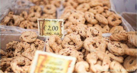 Backen macht glücklich   Italienisches Knabbergebäck: Rezept für Taralli pugliesi   http://www.backenmachtgluecklich.de
