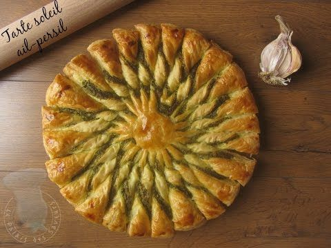 Recette de tarte soleil ail persil - YouTube