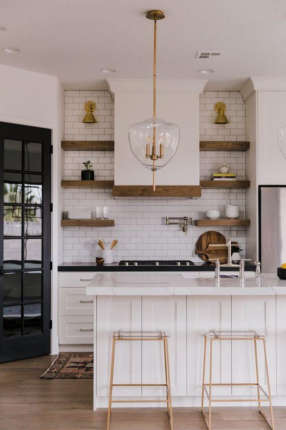Villa Bonita Kitchen Reveal With Brizobecki Owens Elegant Kitchen Design Interior Design Kitchen Kitchen Interior