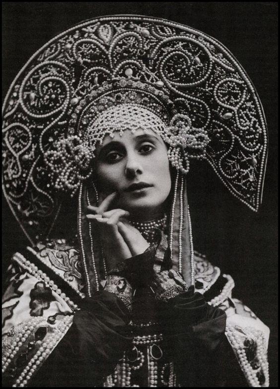 can I borrow your hat?: Anna Pavlova, Russian Ballerina, Ballet Dancers, Russian Ballet, Headpiece, Head Piece, Russian Dance, Ballet Russe, Russian Costume