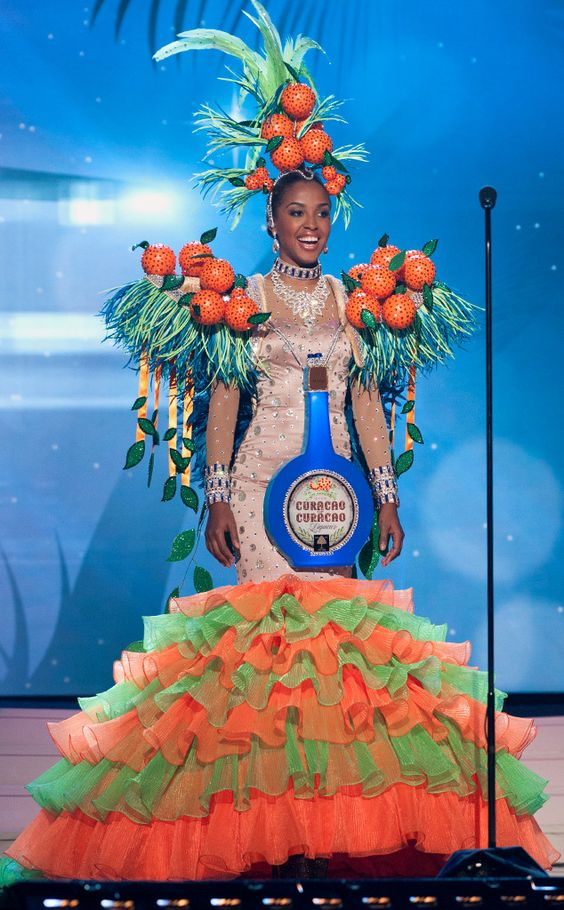 Miss Curacao, Miss Universe, Costume