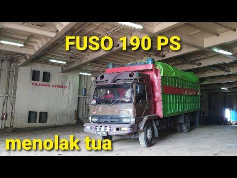 Kumpulan Truck Dari Surabaya Turun Dari Kapal Duta Di Balikpapan Youtube Di 2021 Mobil